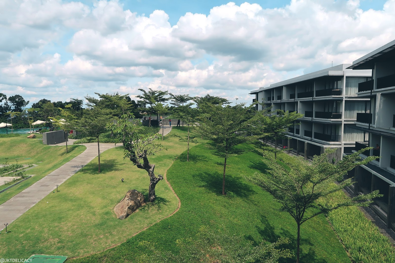 Royal Tulip Gunung Geulis Secret 5 Star Resort In Voucher Hotel We Finally Arrived Youll Never Know A Hidden Place Like This Has Beautiful Semi Luxurious Resorts It Was Very Green Because Theres Nothing But