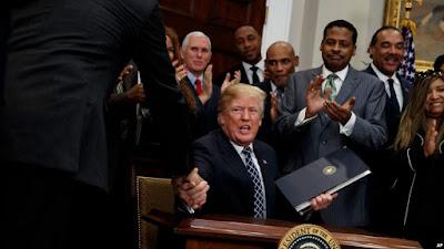 Donald Trump nega ser racista no dia de Martin Luther King