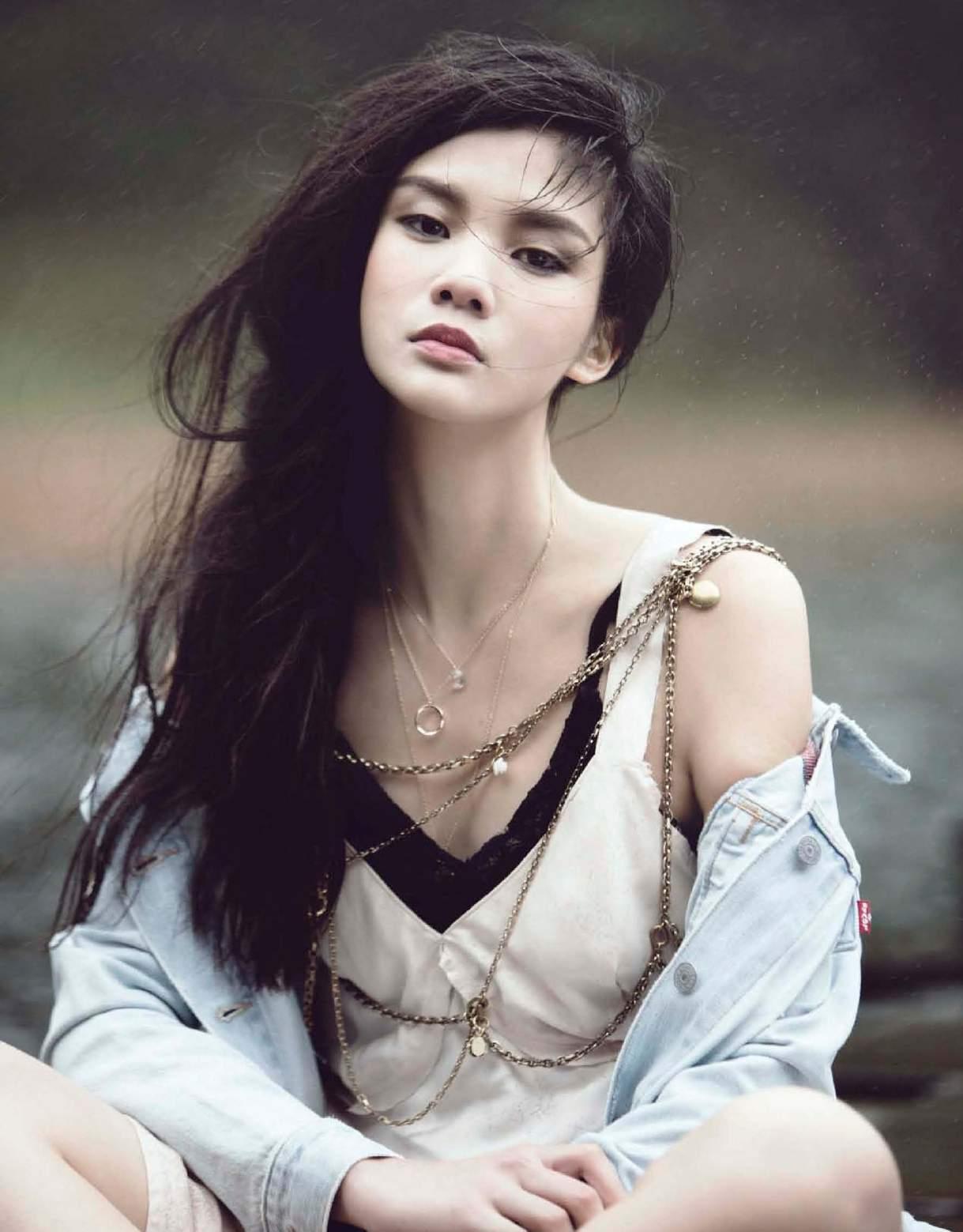 eyval.net: 蔡宜樺. Yi Hua Tsai - Marie Claire Taiwan. March 2016