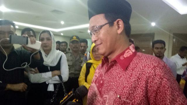 Ternyata Sosok Kiai Ahmad Ishomuddin yang Dicaci Maki dan Diteror Karena Saksi Ahli AHOK itu.....