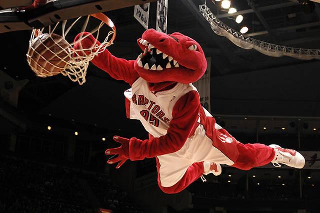 Raptors Meninggalkan K.J. McDaniels