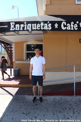 Eating at Enriqueta's