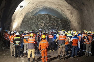 "Nuevo conflicto en Chuquicamata: Sindicatos no entregarán fondo de retiro a trabajadores que se ""fugaron"" por negociación anticipada"