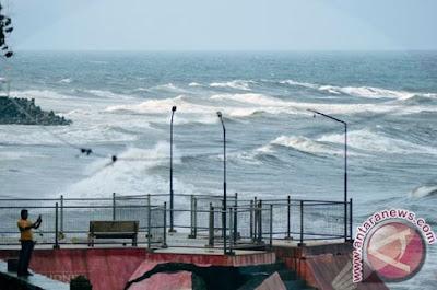 BMKG : Peringatkan Gelombang Tinggi 4 Meter di perairan Kepulauan Sangihe dan Talaud