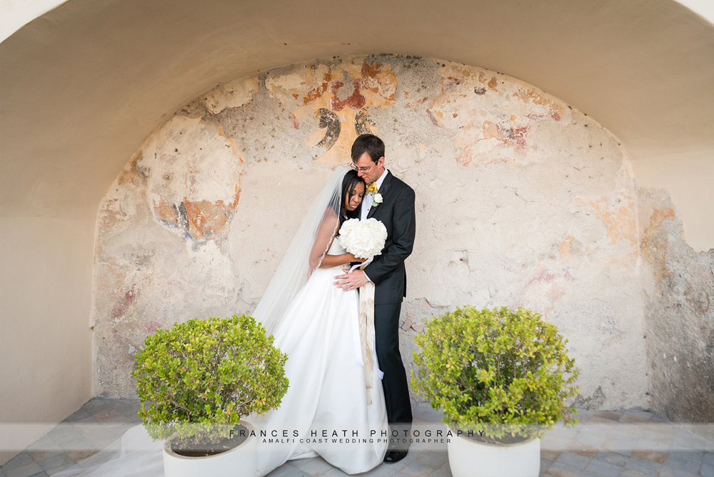 Romantic destination wedding in Amalfi
