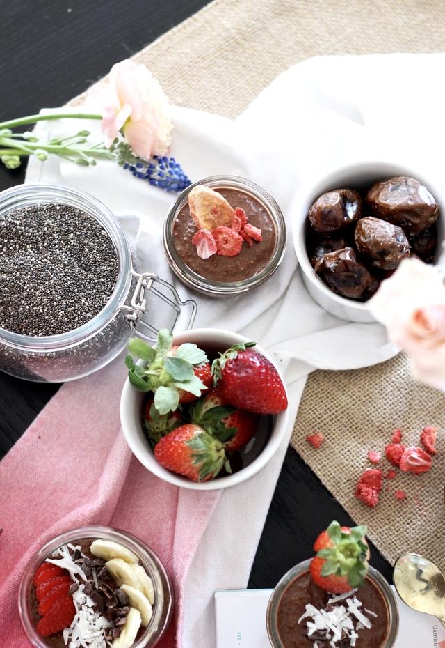 Pastels & Pastries | Joyous Detox recipe- Chocolate Chia Mousse -- vegan, dairy free, gluten free, refined sugar free