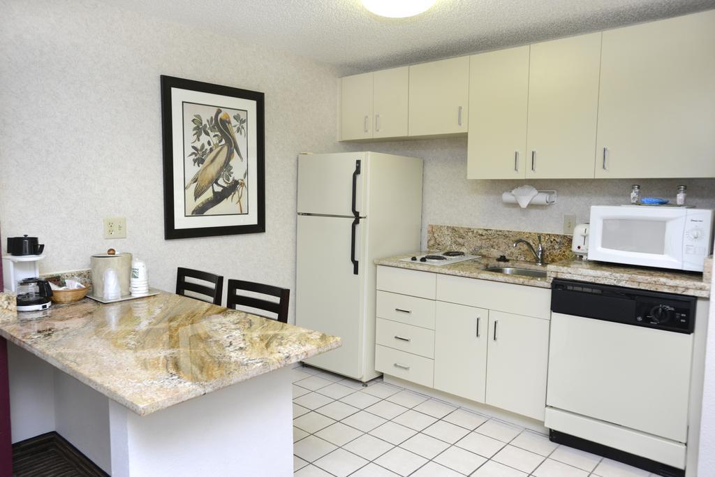 Cozinha do Quality Inn Lake Buena Vista