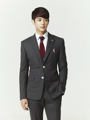 Minho sebagai Kang Tae Joon