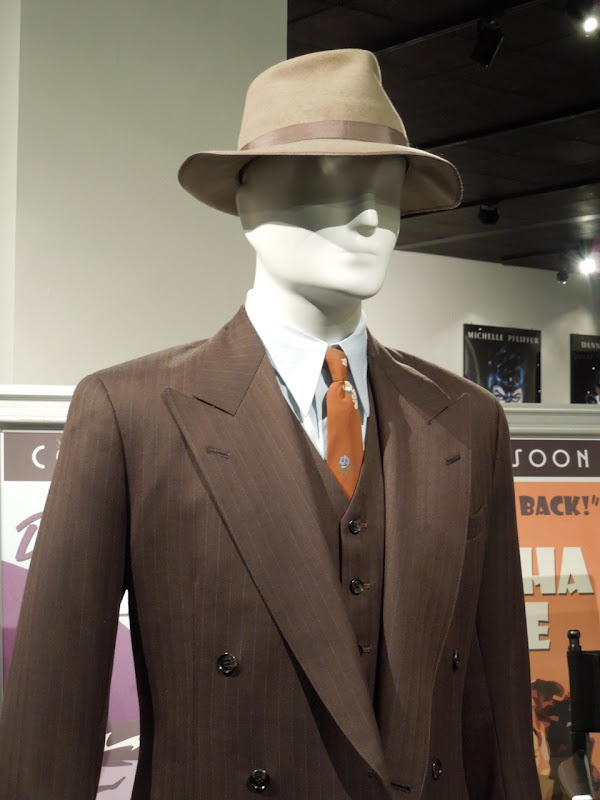 Ryan Gosling Gangster Squad movie suit