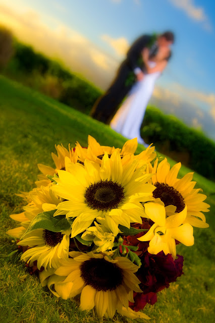 maui wedding bouquets, maui weddings, maui wedding planners, maui wedding couple, maui wedding coordinators