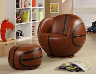 Diseño de sillones únicos en forma de balón de basquetbol