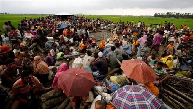 Almost 90,000 Rohingya Muslims arrive in Bangladesh amid crackdown