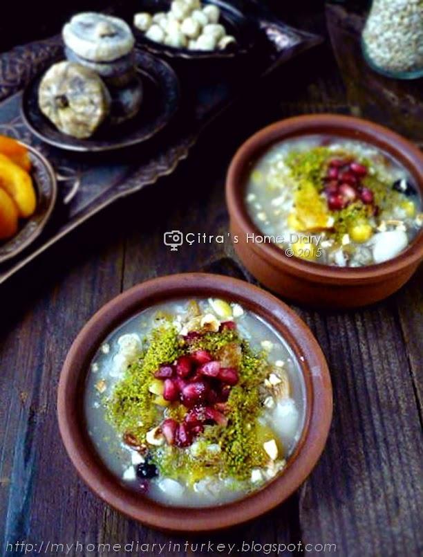 Aşure tarifi / Ashure / Noah's Pudding / Turkish mix fruits, grains and nut dessert.| Çitra's Home Diary. #aşure #asurerecipe #turkishdessert #porridge #middleeasterncuisine