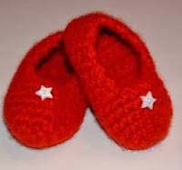 http://translate.googleusercontent.com/translate_c?depth=1&hl=es&rurl=translate.google.es&sl=en&tl=es&u=http://www.myrecycledbags.com/2010/08/06/felted-baby-slippers/&usg=ALkJrhjFgMLtk4Np_6Z5xbjRutQeclxJOw