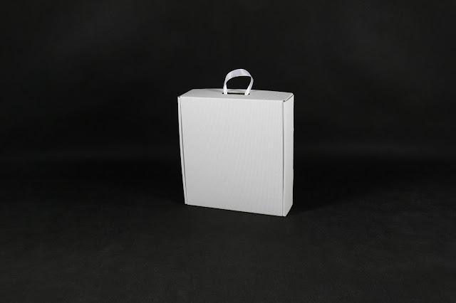 pudełka z własnym logo
