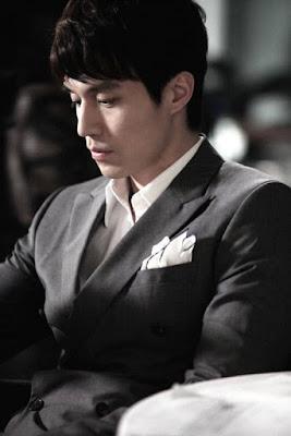 Foto Gambar Lee Dong-Wook Pemeran Kwon Jung-Rok