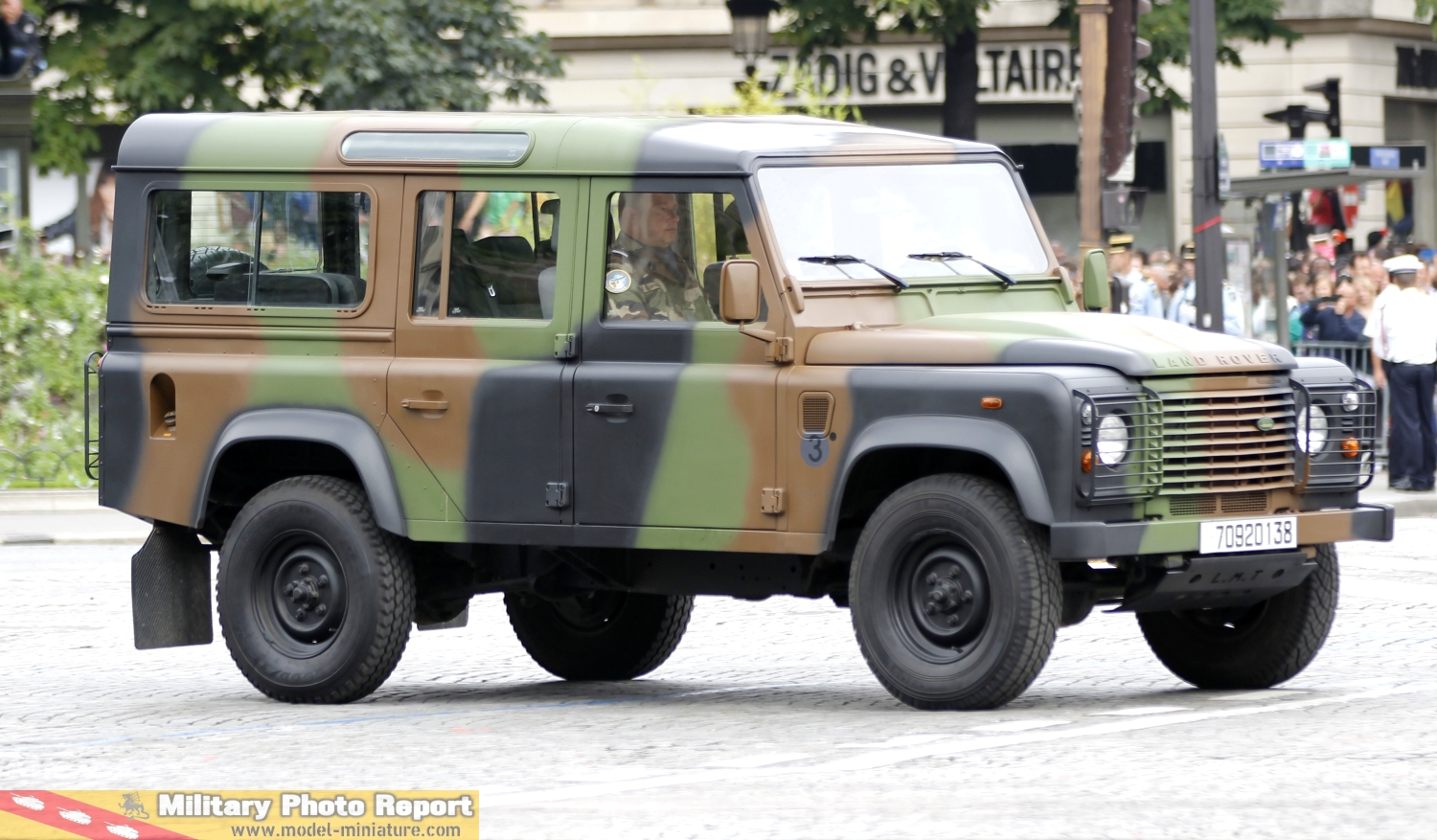 military photo report les land rover dans l 39 arm e fran aise. Black Bedroom Furniture Sets. Home Design Ideas