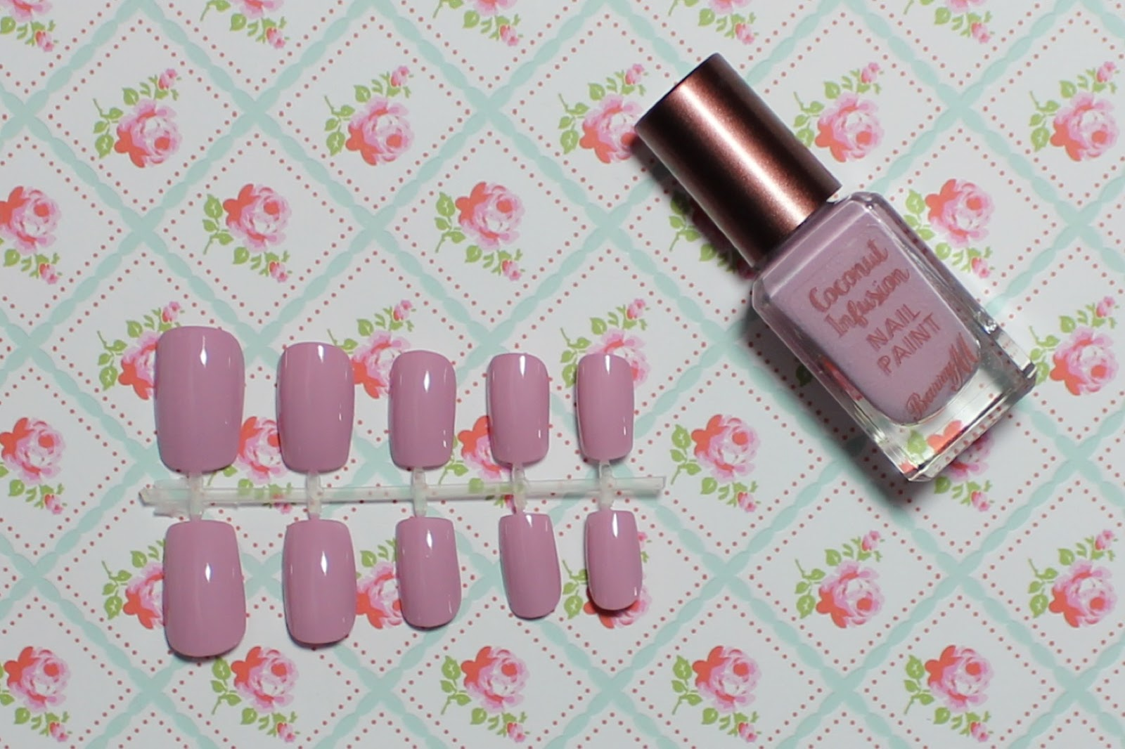 barry m coconut infusion nail paint surfboard swatch
