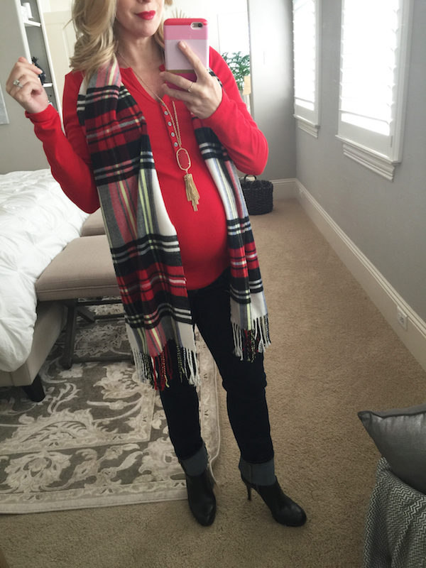 Fall/Winter fashion - jeans + red #dressingthebump #bumpstyle #maternitystyle
