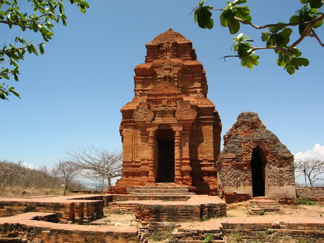 Phan Thiet: the Culture, the Beach, and the Desert 3