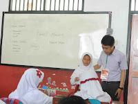 Menjadi Guru sehari di SDN Pondok Cina 3