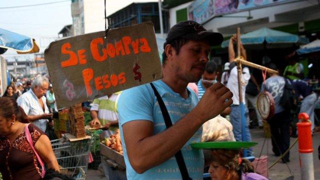 En Táchira los pagos de bienes y servicios se hacen en pesos y dólares
