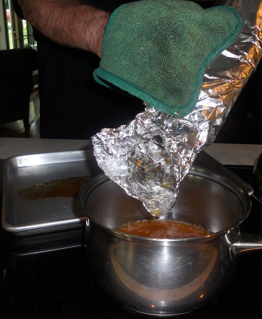 Pour off the braising liquid