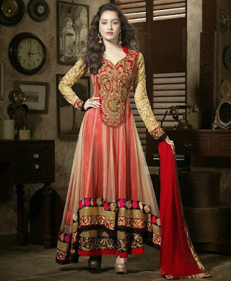 Shraddha Kapoor has impeccable taste in wedding clothes.