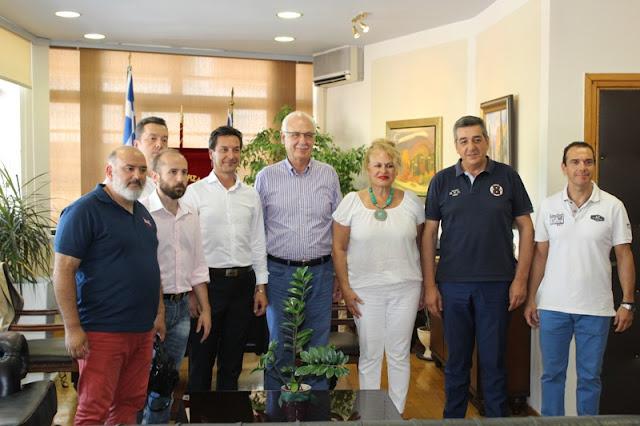 Συνάντηση του Δημάρχου Λαρισαίων με το νέο Δ.Σ. του Εμπορικού Συλλόγου