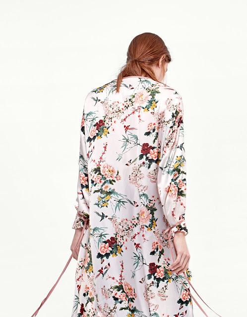 kimono lungo a fiori di stradivarius moda primavera 2017