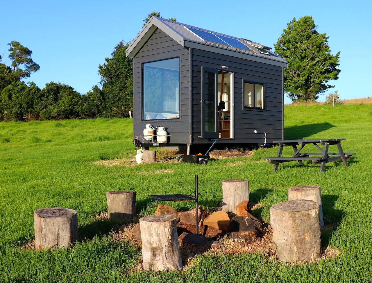 No Impact Girl Tiny House Review Edmond In The Nsw