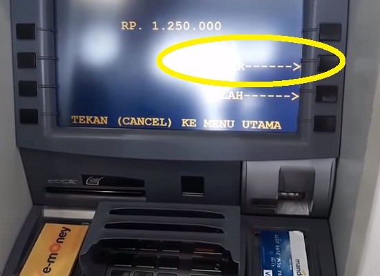 Langkah Kedua Ambil Uang Via ATM Mandiri 2