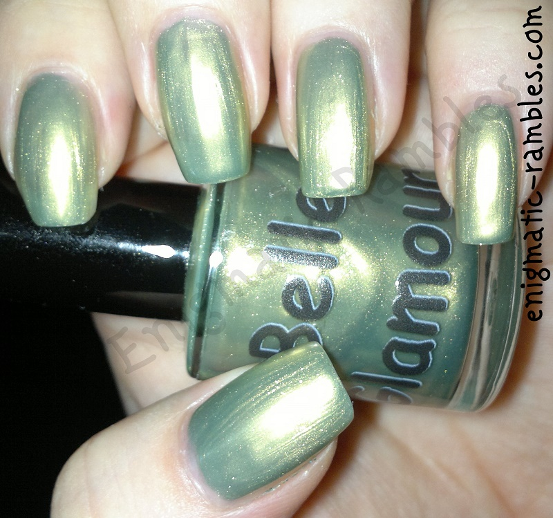 Belle-Glamour-swatch