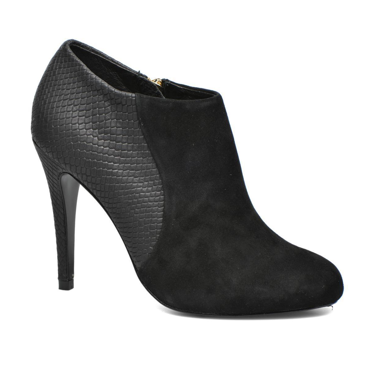 Cosmoparis ankle boots.