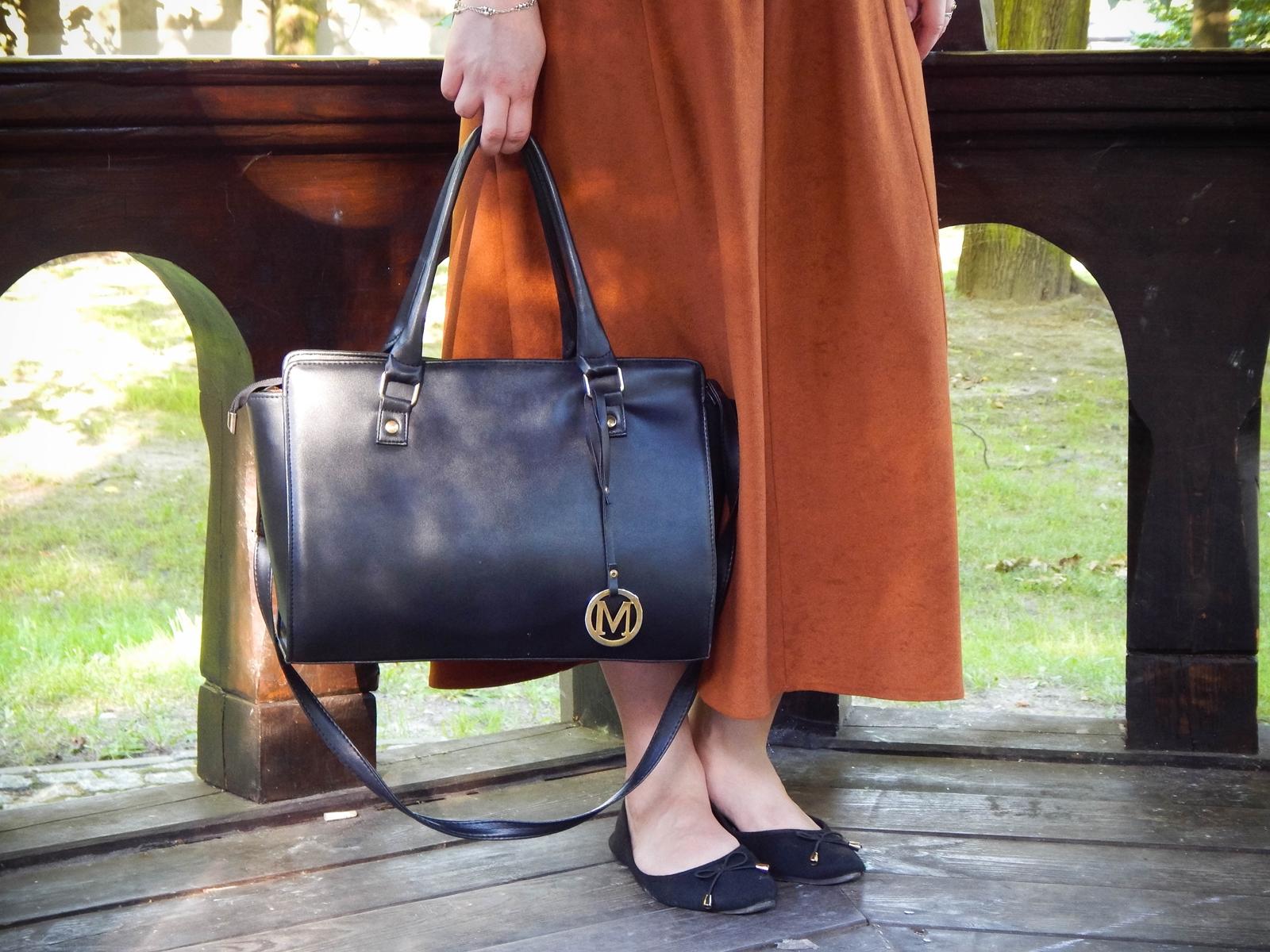 naglowek ruda spodnica mamy kolorowy top river islands czarna torebka manzana lookbook na jesien stylizacja