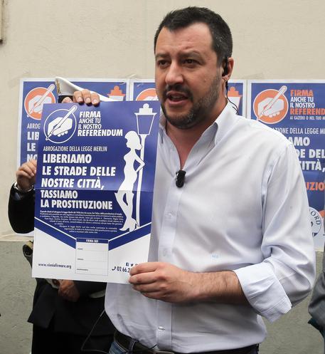 Buongiornolink - Salvini riapriamo le case chiuse legalizziamo la prostituzione