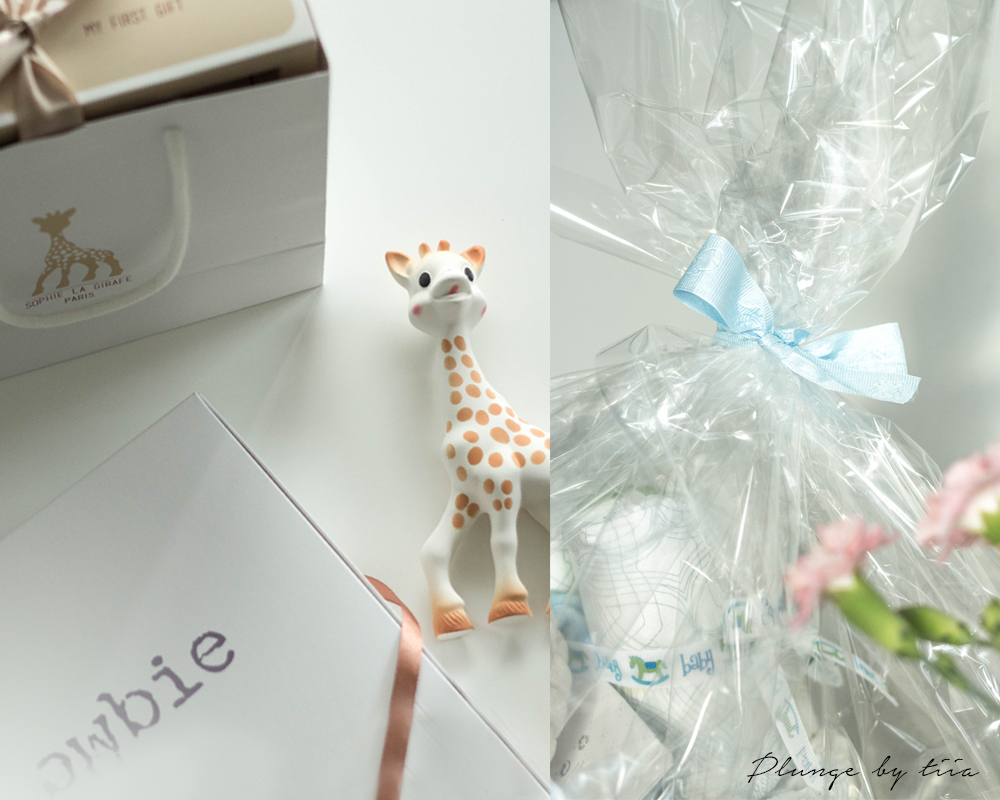 Sophie the giraffe - Plunge by tiia