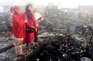Tangis Pilu Korban Kebakaran Pasar Tempe