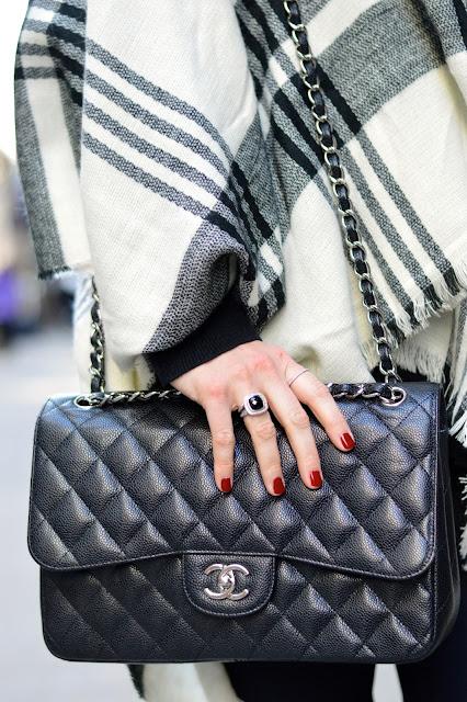 chanel-handbag