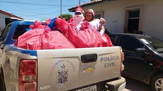 Polícia leva alegria às crianças