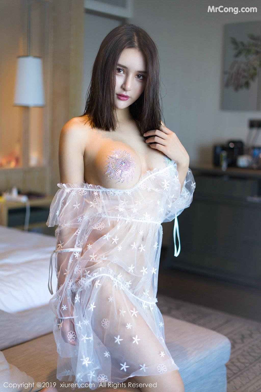 Image XIUREN-No.1399-SOLO-MrCong.com-001 in post XIUREN No.1399: SOLO-尹菲 (43 ảnh)
