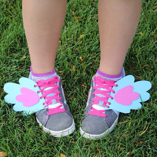 http://www.doodlecraftblog.com/2016/01/my-little-pony-rainbow-dash-shoe-wings.html