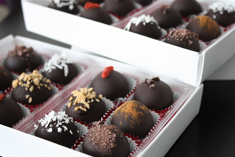 Sweetly Raw Chocolate Truffles