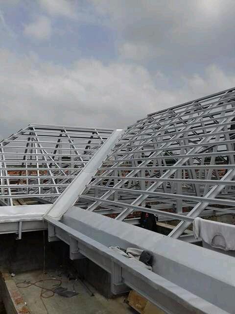 atap baja ringan karawang cikarang sukatani spesialis pemasangan konstruksi