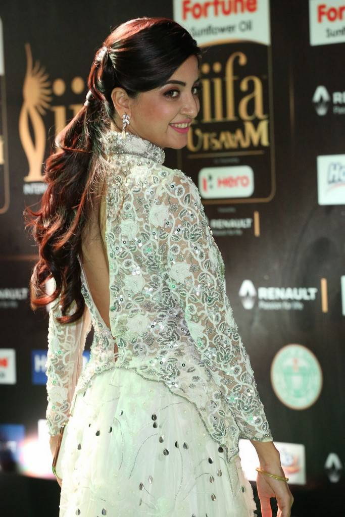 Telugu Model Poonam Kaur At IIFA Awards 2017 In White Dress