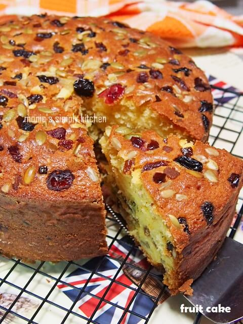 easy simple fruit cake