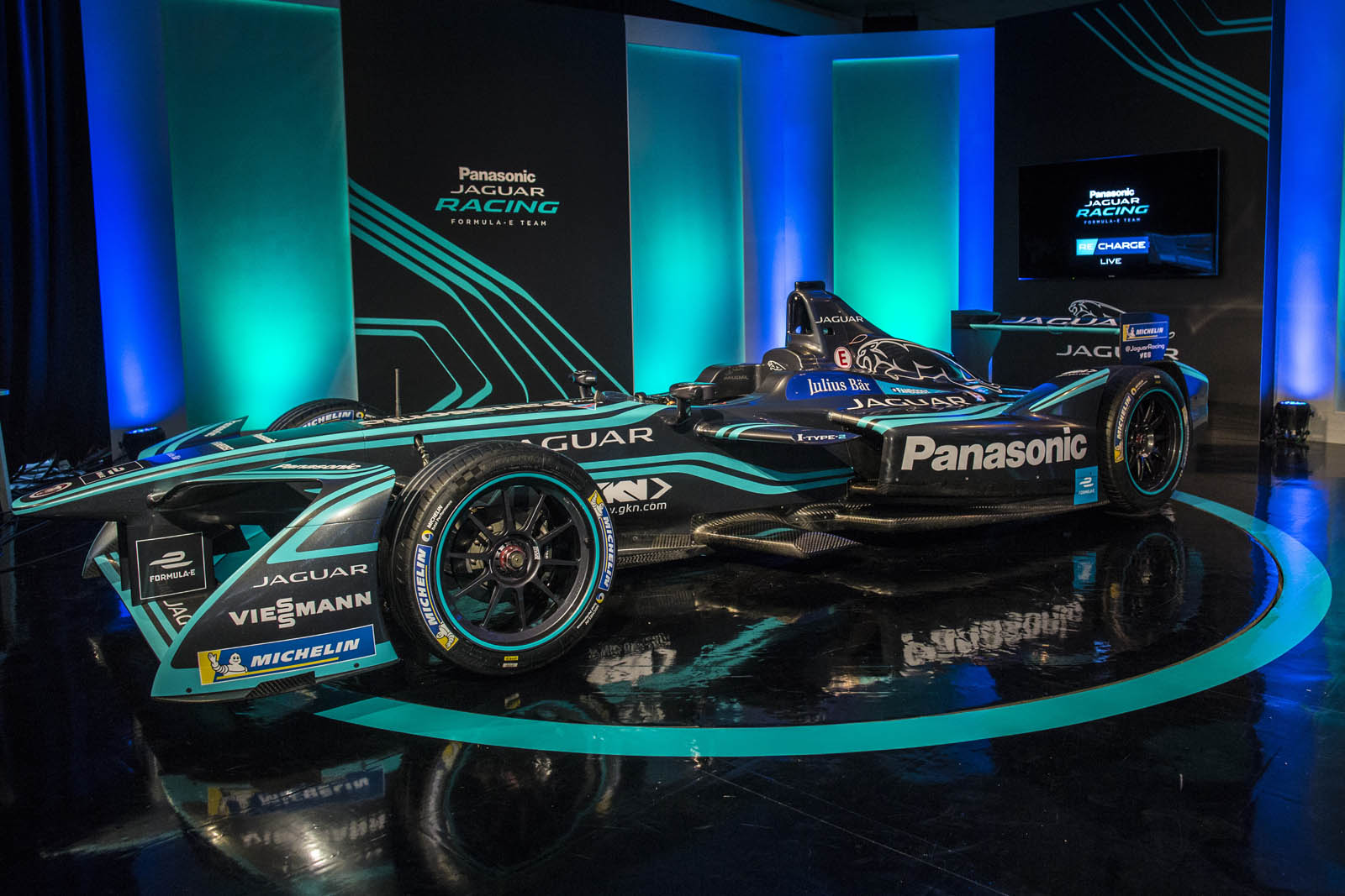Jaguar Racing Picks Up Nelson Piquet For Formula E