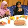 Ini Rahasianya Kenapa Kita Dianjurkan Untuk Membaca Doa Sebelum Makan