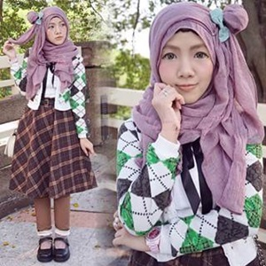 Trend Hijab Ala Korea: Trendy and Casual