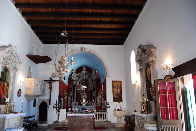 intérieur de l'église Saint-Nicolas